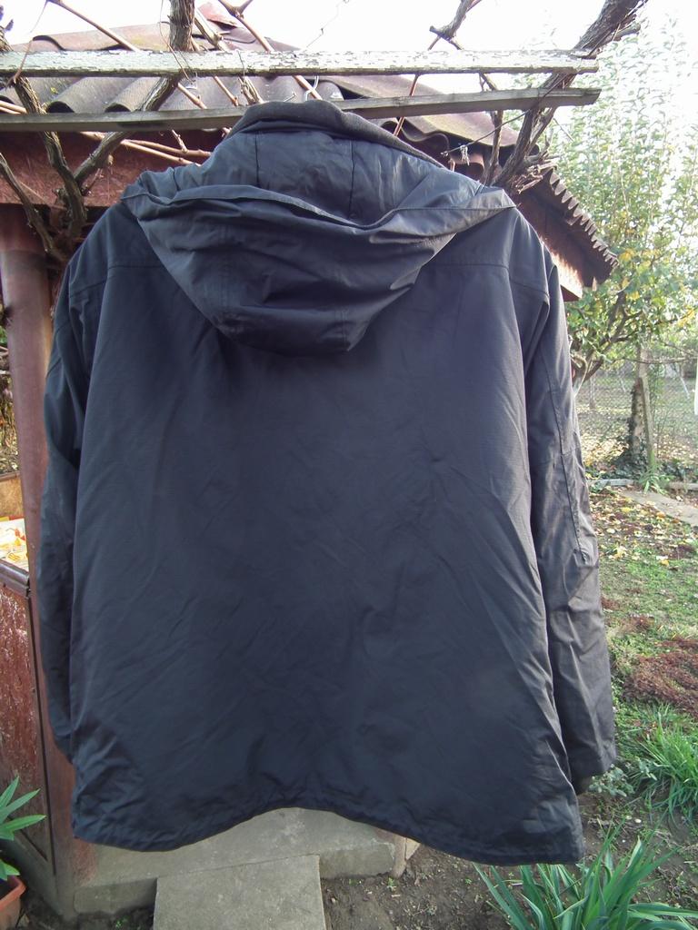 Armadillo зимно мото яке за мотор черно с протектори.