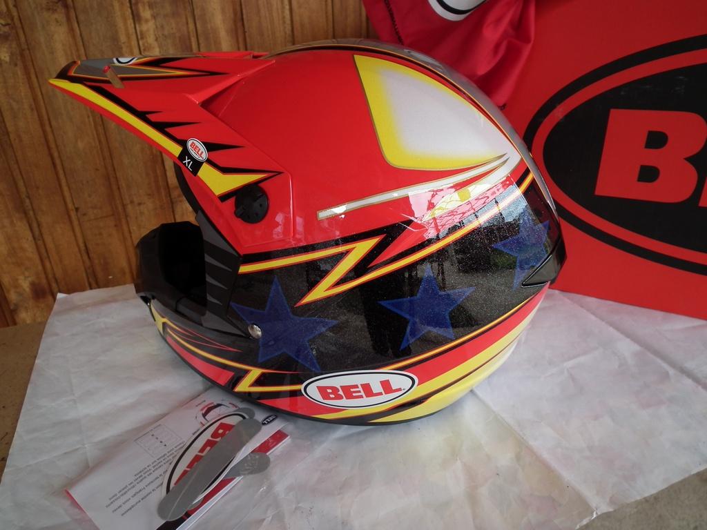 BELL SX-1 APEX нов шлем каска за мотор мотокрос.