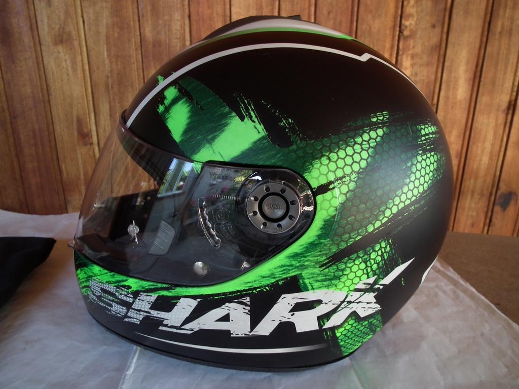 Shark S600 Exit шлем каска за мотор пистов зелен.