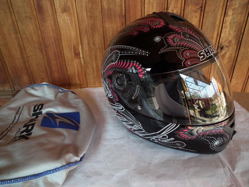 Shark S600 Folies шлем каска за мотор пистов дамски.