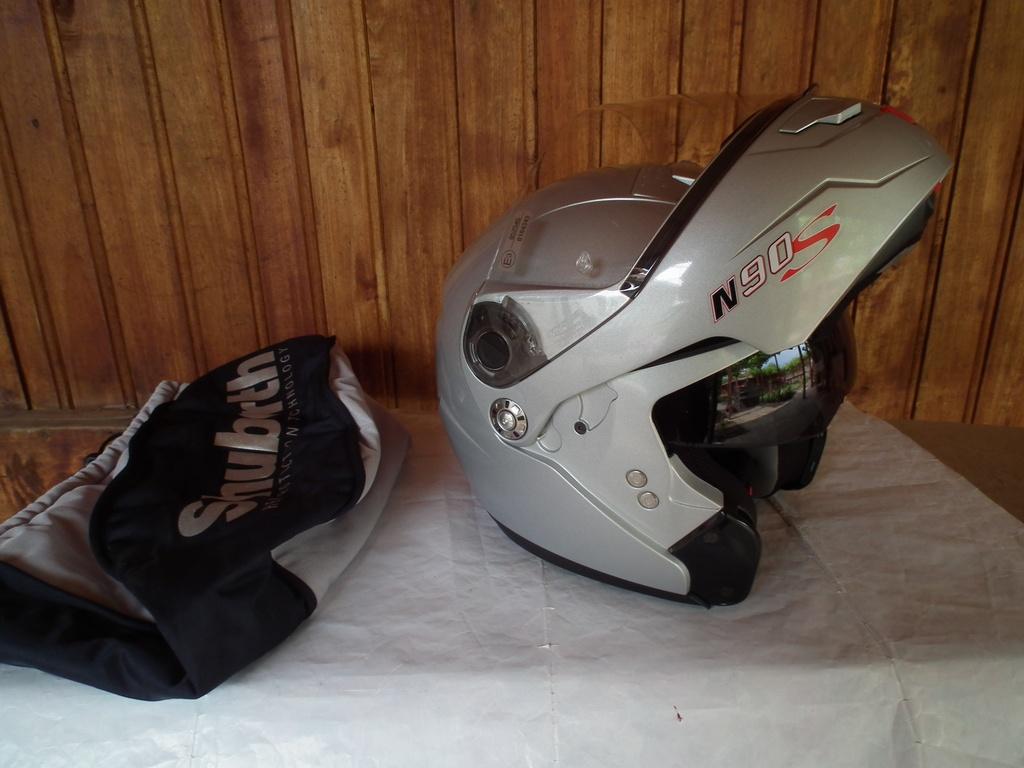 Nolan N90S отварящ се с тъмни очила шлем каска за мотор пистов туристически модуларен.