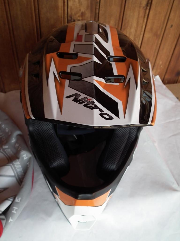 Nitro Shard нов шлем каска за мотор мотокрос.
