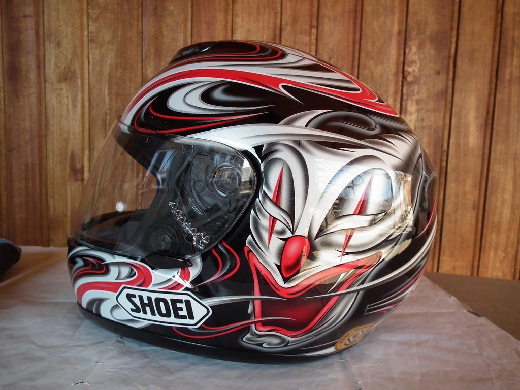 Shoei Raid 2 Paranoia XXS детски мото шлем каска за мотор с клоун пистов.