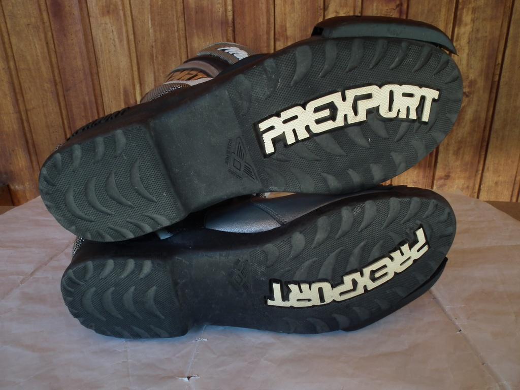 Prexport ботуши за мотор пистови.