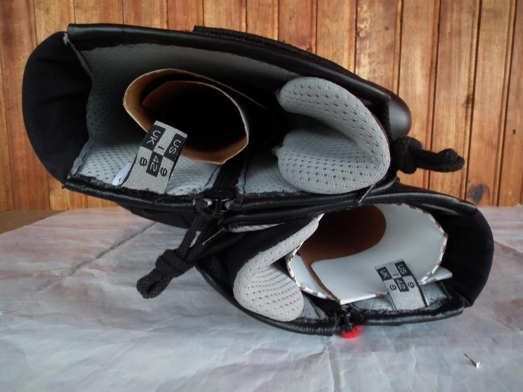 Prexport Venere ботуши за мотор дамски нови.