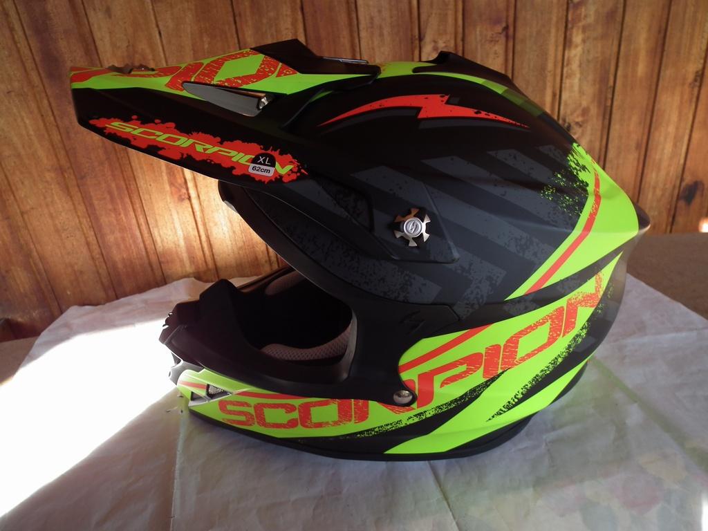 Scorpion VX-15 Evo Air Gamma с помпа нов мотокрос шлем каска за мотор мото.