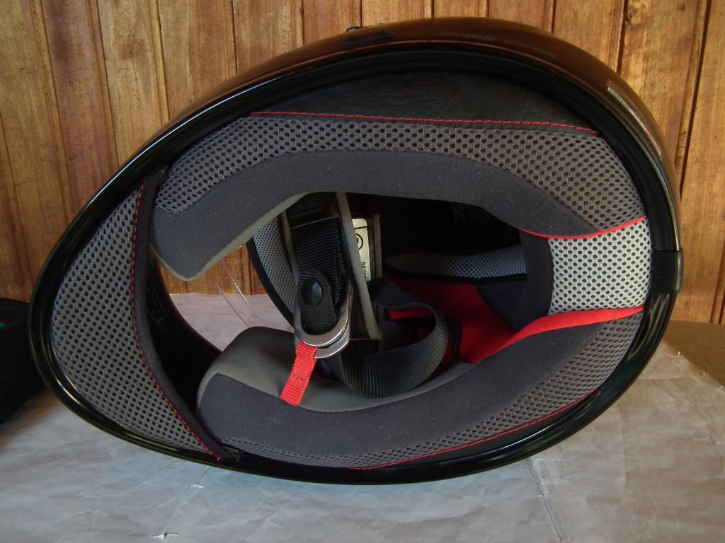 X-Lite X-603 (Nolan) шлем каска за мотор пистов.