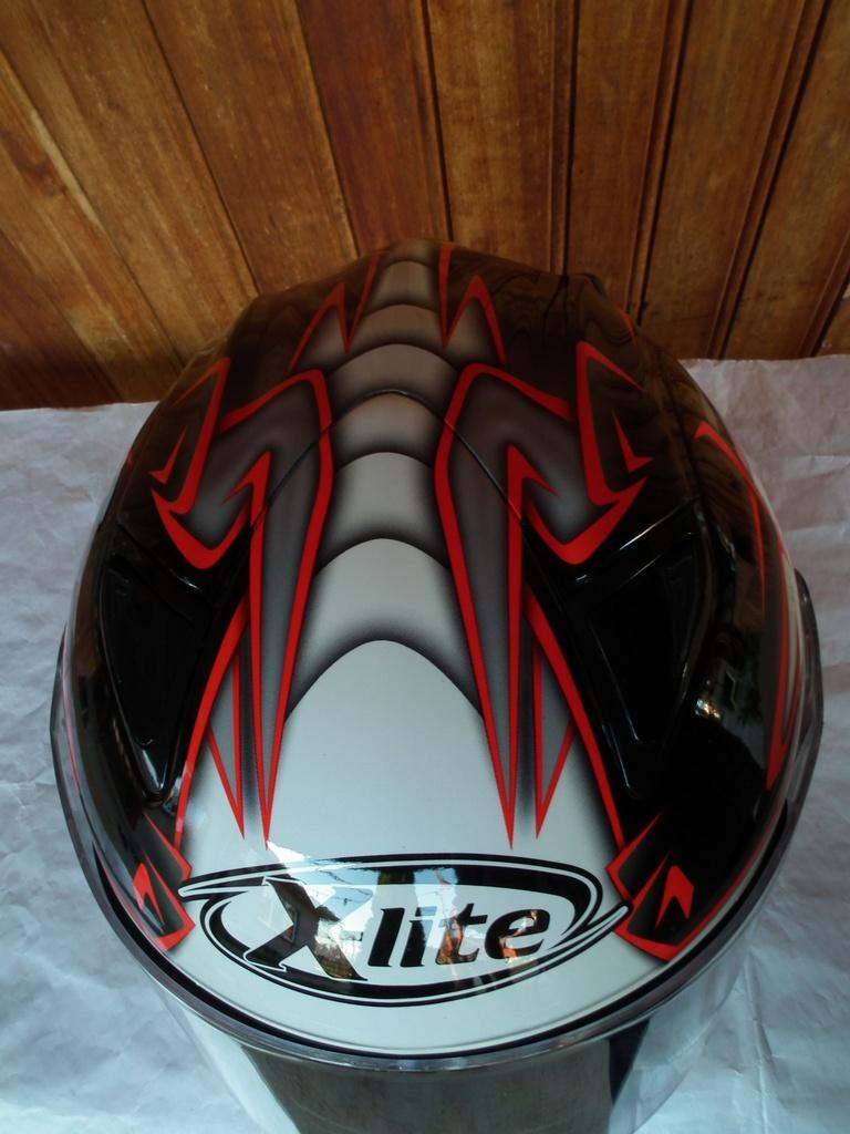X-Lite X-801RR Carlos Cheka шлем каска за мотор пистов.
