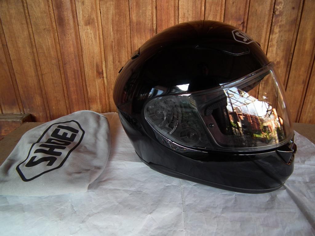 Shoei XR-1100 XXL шлем каска за мотор пистов.