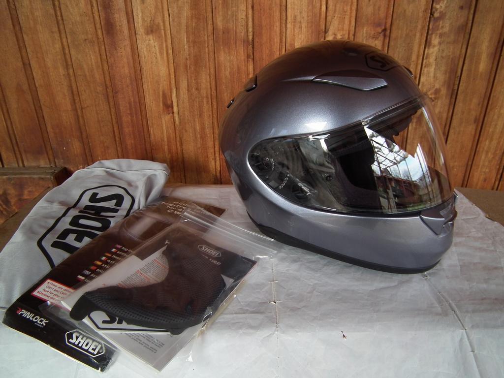 Shoei XR-1100 шлем каска за мотор пистов.