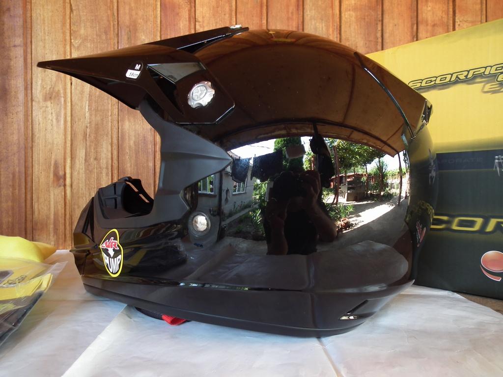 Scorpion VX-24 Air с помпа шлем каска за мотор мотокрос.