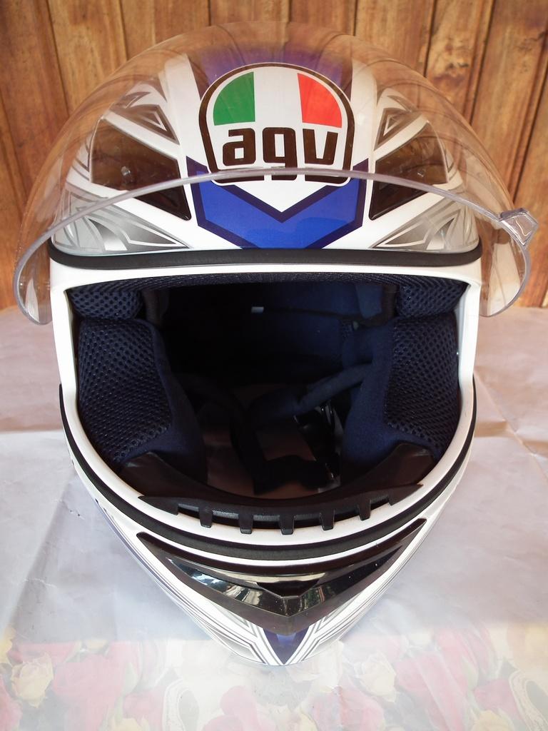 AGV K-3 шлем каска за мотор пистов.