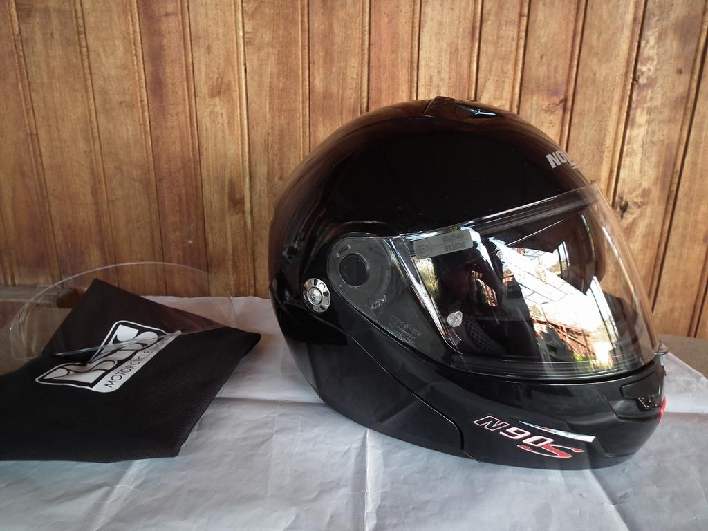 Nolan N90S отварящ се с тъмни очила мото шлем каска за мотор модуларен туристически.