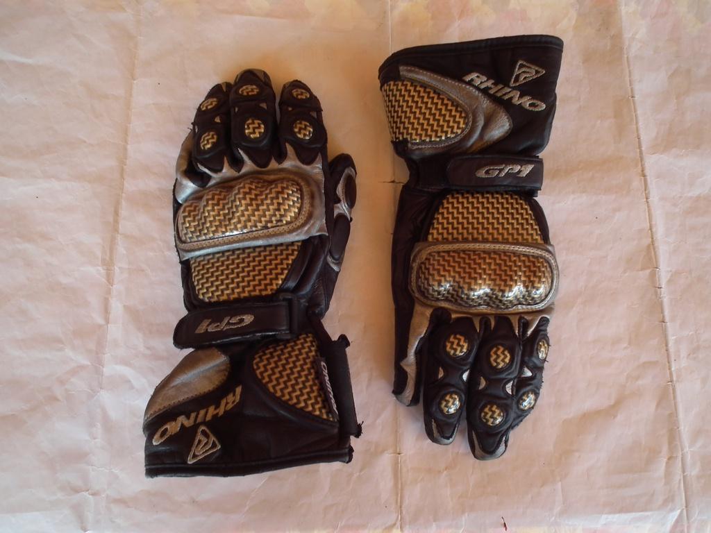 Мото ръкавици Rhino GP1 пистови.