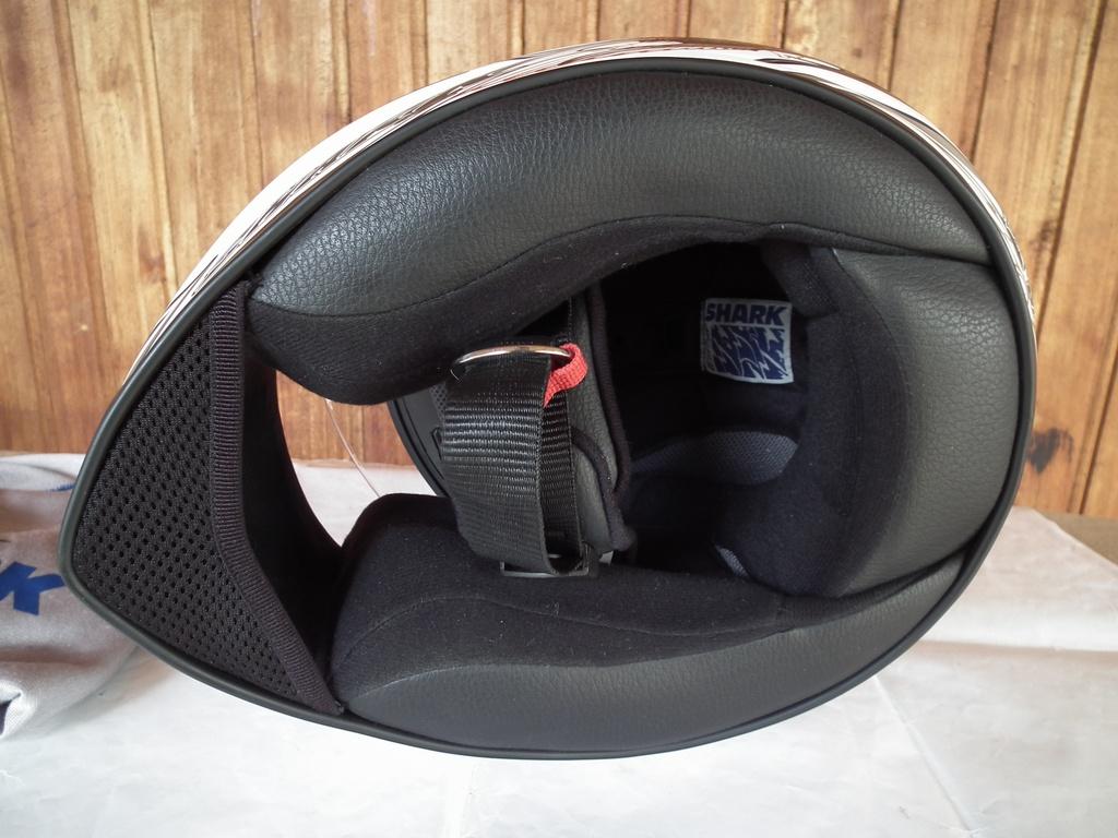 Shark RSI Eden шлем каска за мотор красив рай птица матиран пистов.
