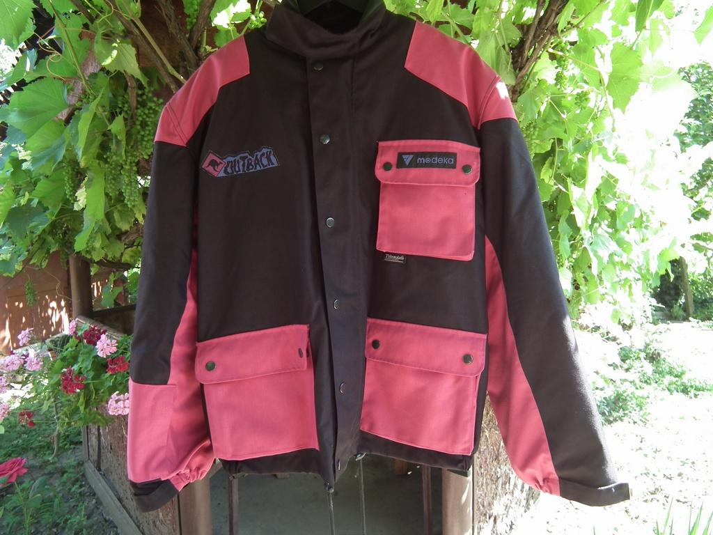 Modeka Outback туристическо текстилно яке за мотор.